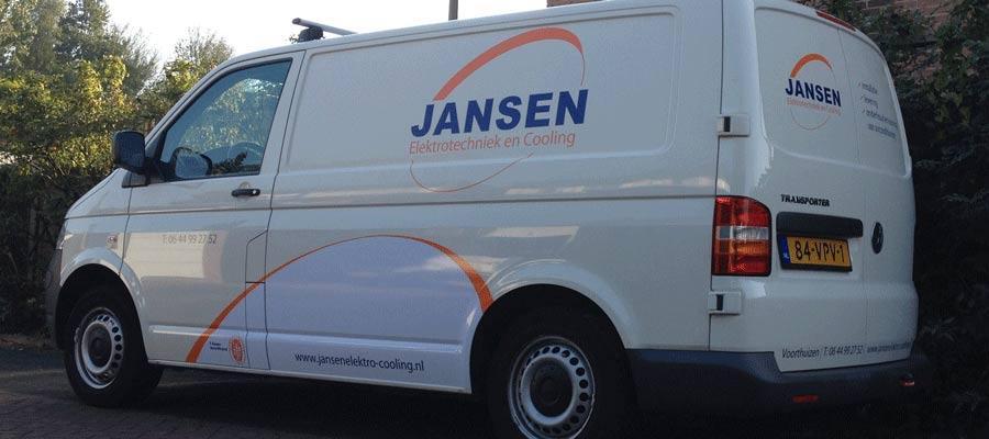 Coole jongens bij Jansen elektrotechniek en Cooling... dus een coole bus met reclame door van Veldhuizen Reclame!